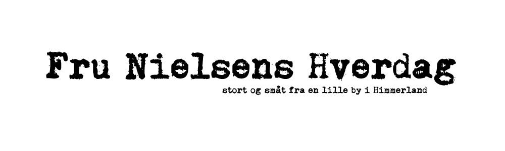 Fru Nielsens Hverdag header image 2